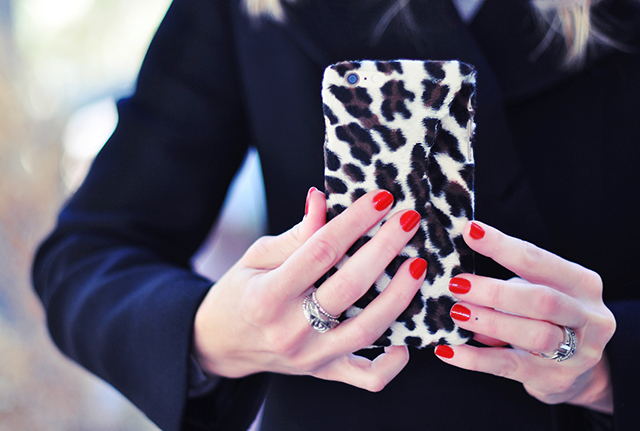 DIY Faux Fur leopard phone case-13