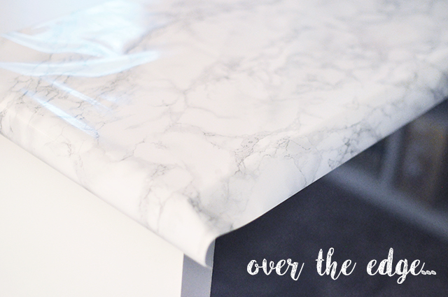 DIY faux marble desktop - Ikea desk makeover