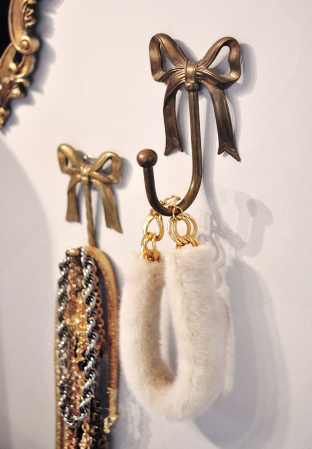 DIY Fur Collar Necklace--3 brass bow hooks