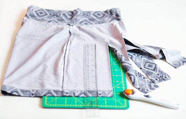 DIY Jersey Cheerleader Skirt-5, DIY pleated car wash cheerleader skirt, cosplay, anime skirt, diy easy no-sew pleated skirt, refashion, upcycle, mini skirt diy, no sew diys, spinning skirt, short skirts