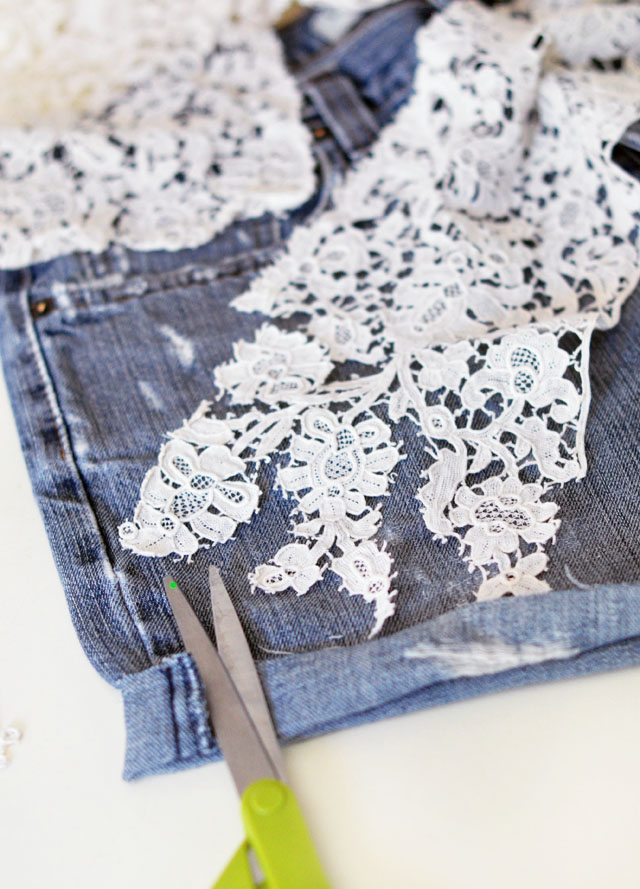 DIY Lace embroidered jean shorts-2