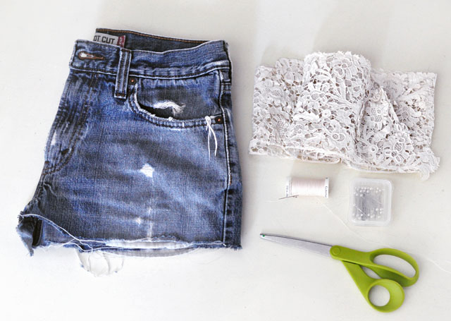 DIY Lace embroidered jean shorts