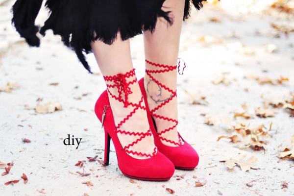 DIY Lace up shoes - red platform pumps with chevron ric rac laces