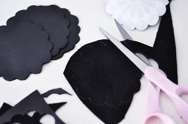 DIY Leather Flower Coasters_1