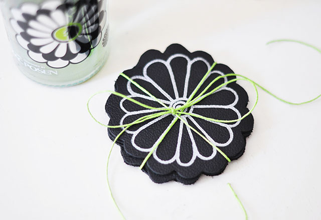 DIY Leather Flower Coasters_Posen_Domani