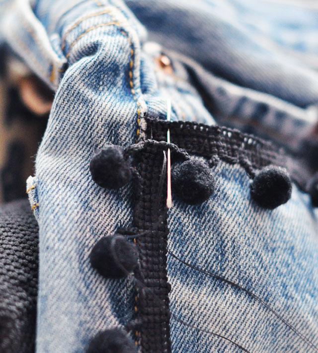 DIY Pom Pom Jeans - Embellished Vintage Levis-5