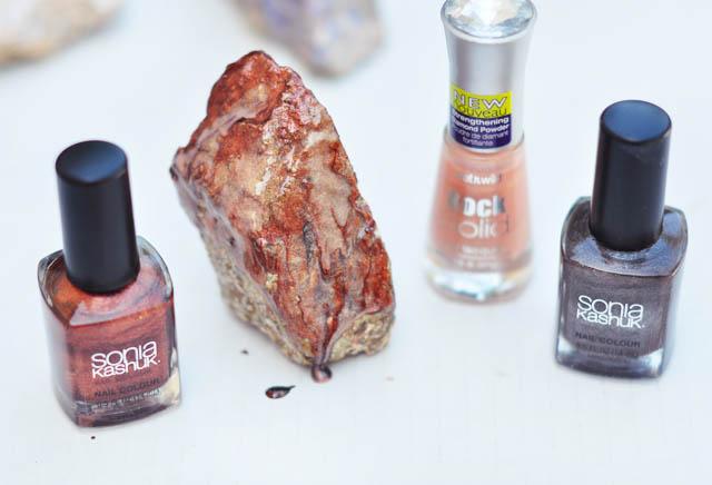 DIY Rock Crystals with nail polish-copper