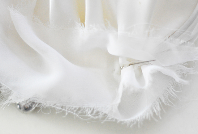 DIY Ruffled Wedding Clutch-8