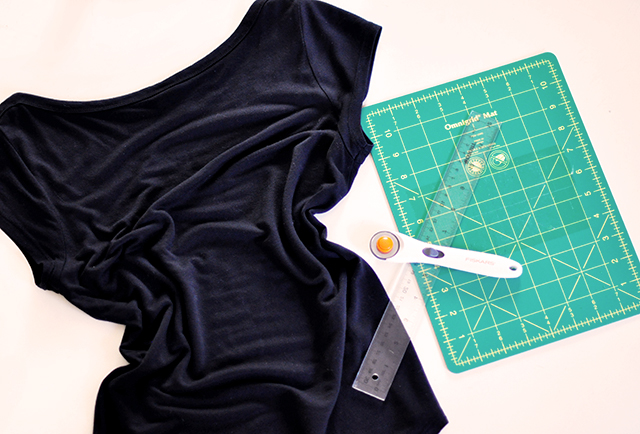 DIY Sliced t-shirt tutorial-1