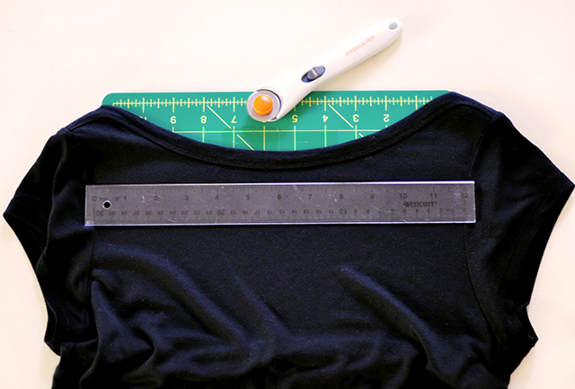 DIY Sliced t-shirt tutorial-2