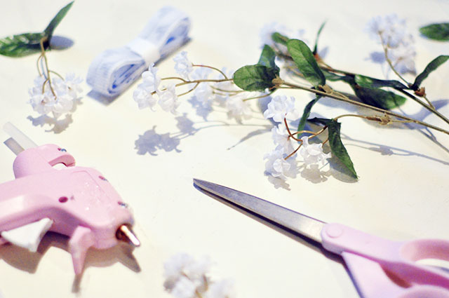 DIY Tiny Floating Hair Flowers