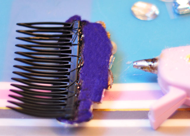 DIY-bejeweled-hair-combs-7