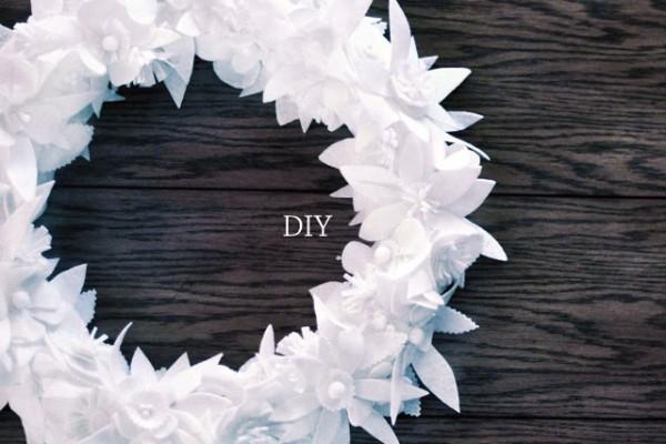 DIY floral felt holiday wreath