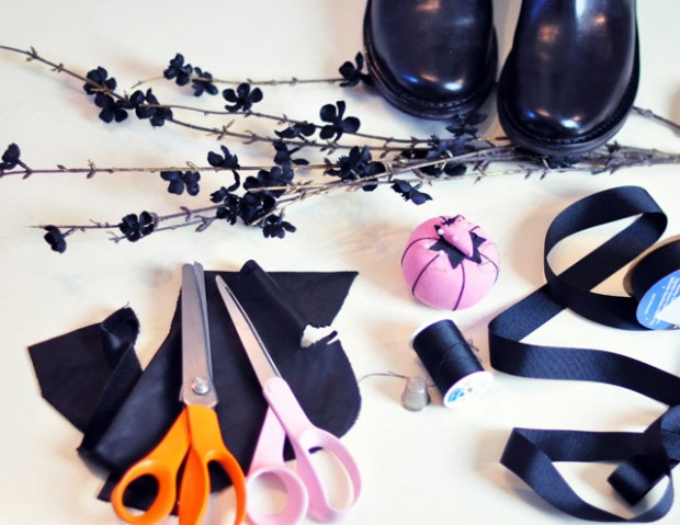 DIY flower ribbons for boots-1