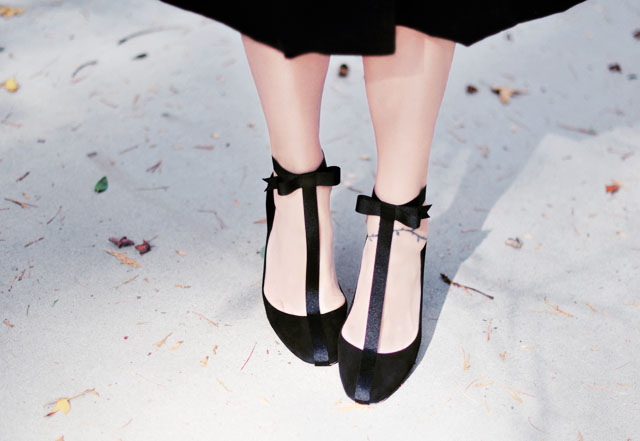 DIY shoes T-strap Pumps with ankle bow
