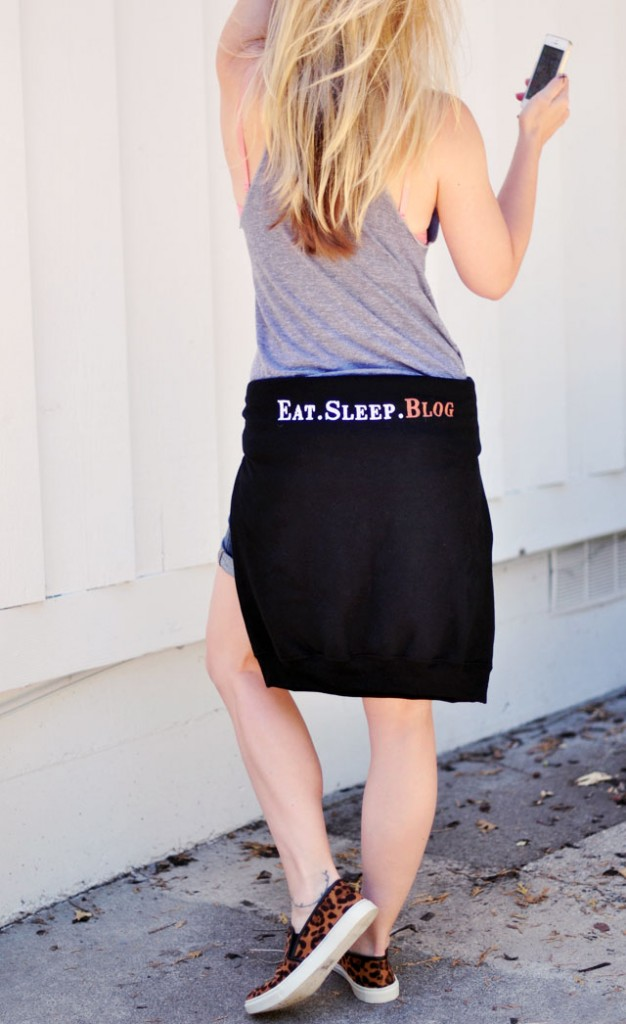 Eat Sleep Blog sweatshirt -leopard sneakers