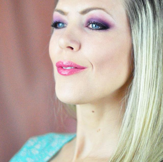 Elsa of Arendelle makeup tutorial for Halloween or Cosplay