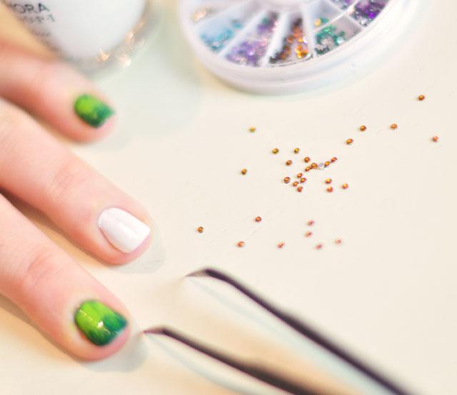 Football Season Nails Manicure-6