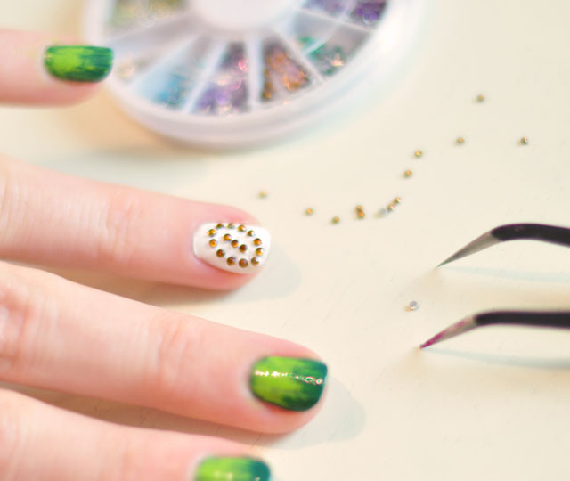 Football Season Nails Manicure-7