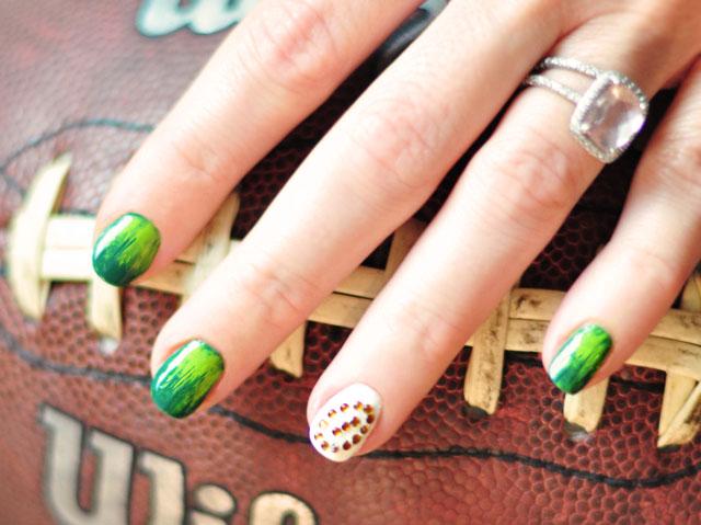 Football season festive nails