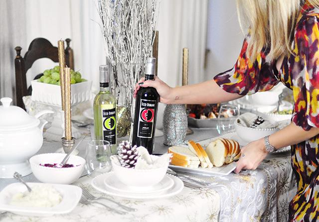Friendsgiving_Ecco Domani wine