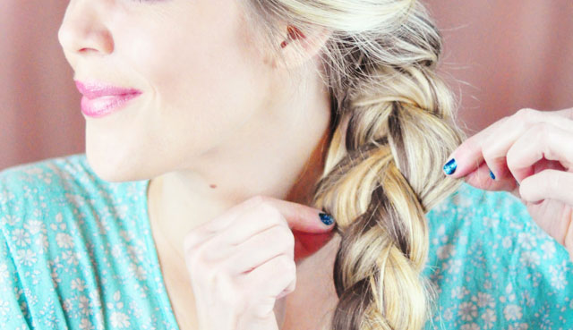 Frozen-Elsa Braid Hair Tutorial-6-