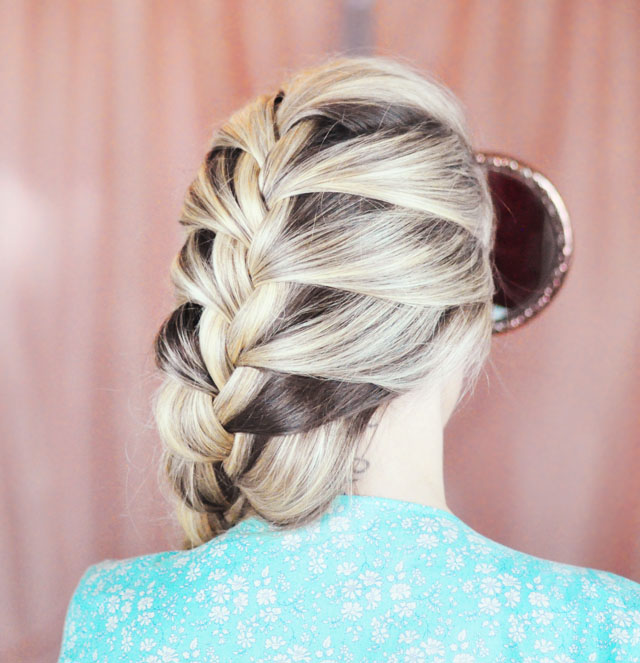 Frozen-Elsa Braid Hair Tutorial-8