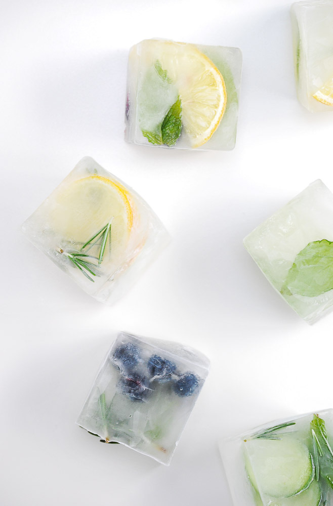 Fruit-herb-ice-cubes-2