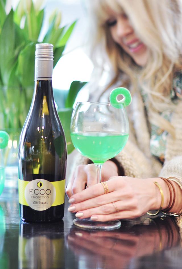 Green Apple Wine Cocktail