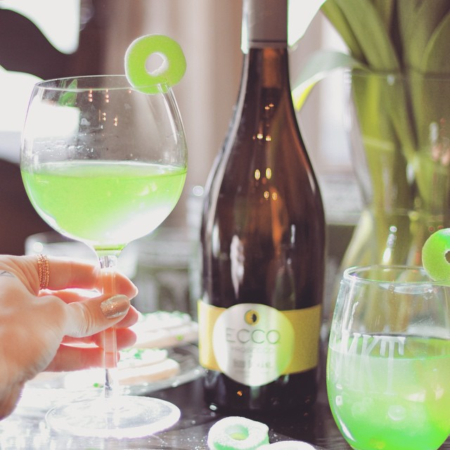 Green Apple Wine cocktails