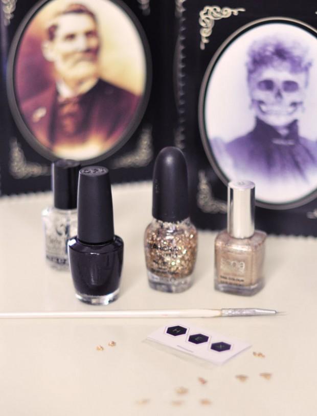 Halloween Nails-spider webs- hex nails