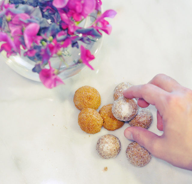 Healthy Paleo Mexican Wedding Cookies