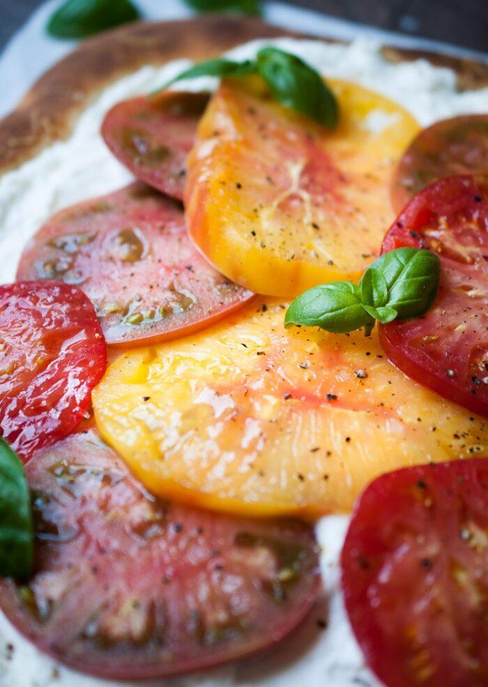 heirloom-tomato-ricotta-pizza-3