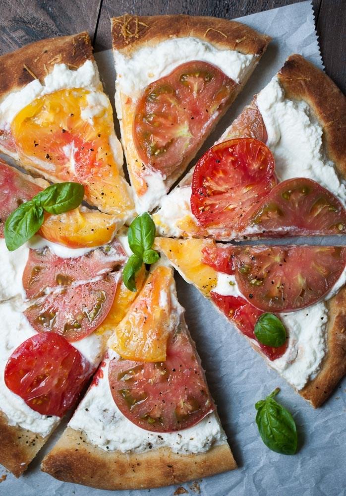 heirloom-tomato-ricotta-pizza-5