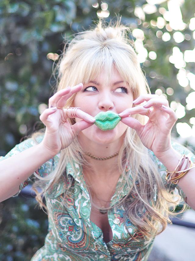 Kiss me  -  Im Irish -green lips