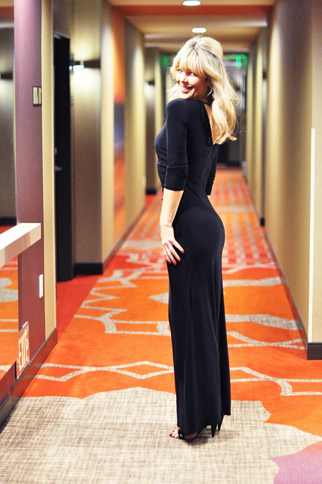 Long sleeve black dress_ People's Choice Awards