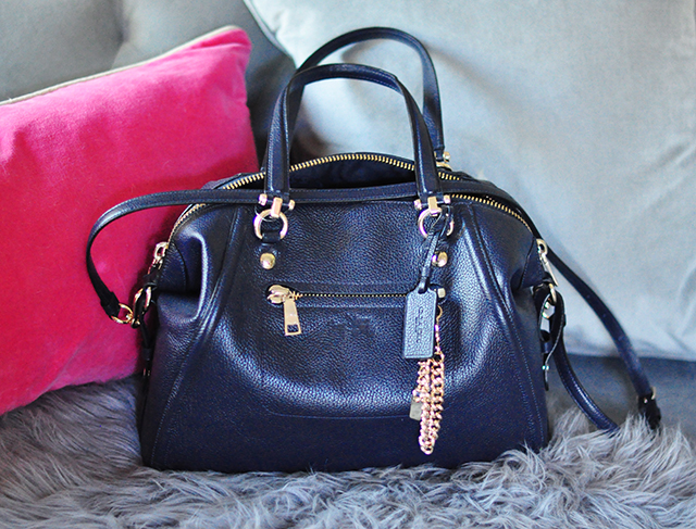 navy-coach-bag
