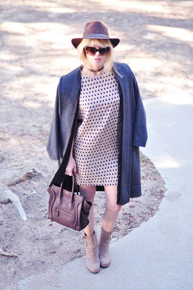 Neutral print shift dress_blush+brown+grey outfit