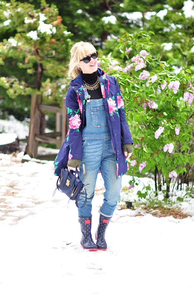 Overalls in the snow_flower coat