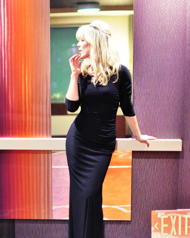 Peoples Choice Awards Dress_ LA Live Hotel