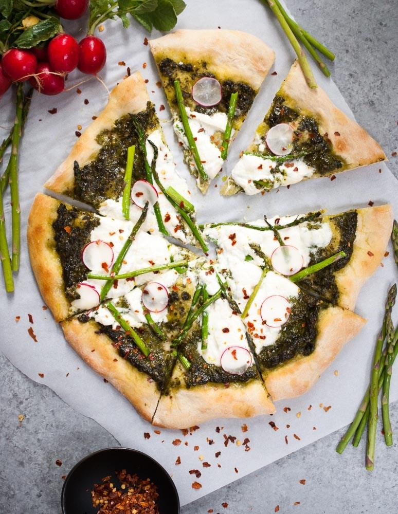 Pesto-Asparagus-Burrata-Pizza