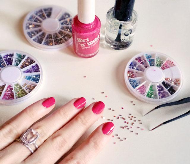 Pink sparkle valentine's day nails-1-1