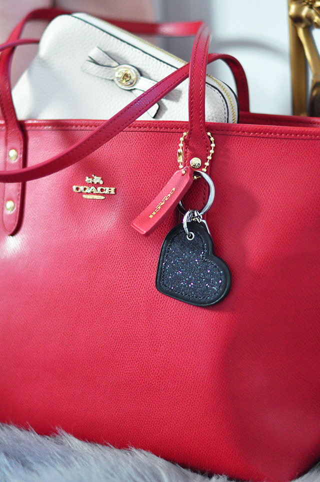 Red Coach Tote Bag_Ivory pouch with bow_black glitter heart keychain_giveaway