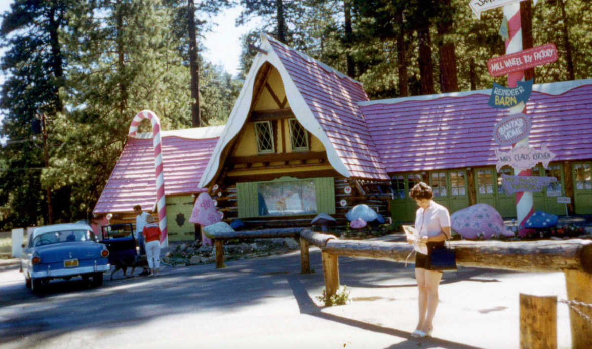 santas-village-skypark-lake-arrowhood-california