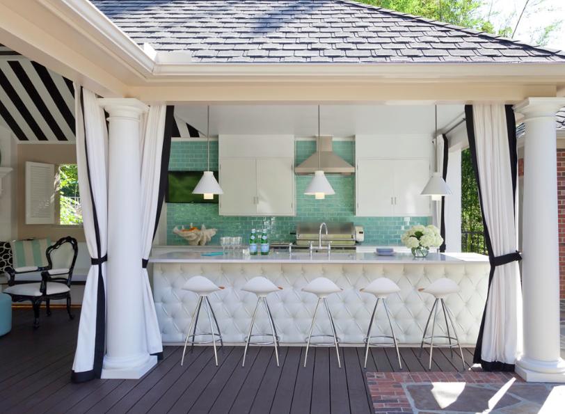 Cute outdoor space - backyard