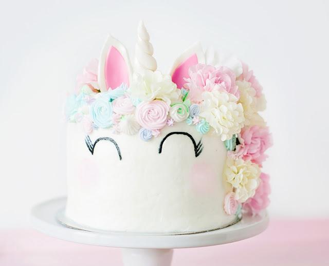 sparkle sweet unicorn cake