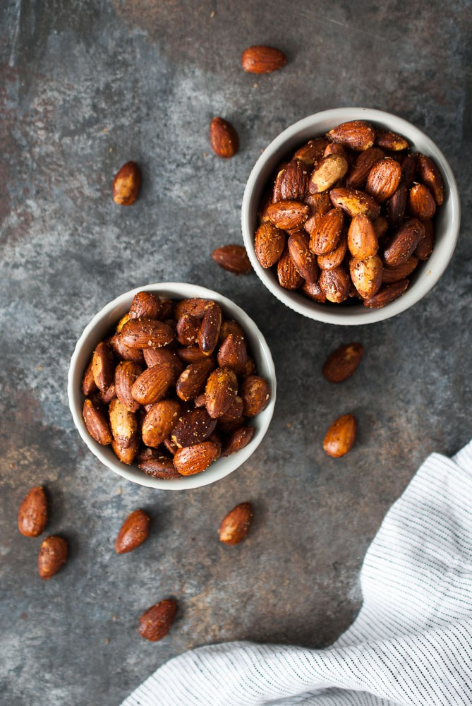 spice-roasted-almonds-2