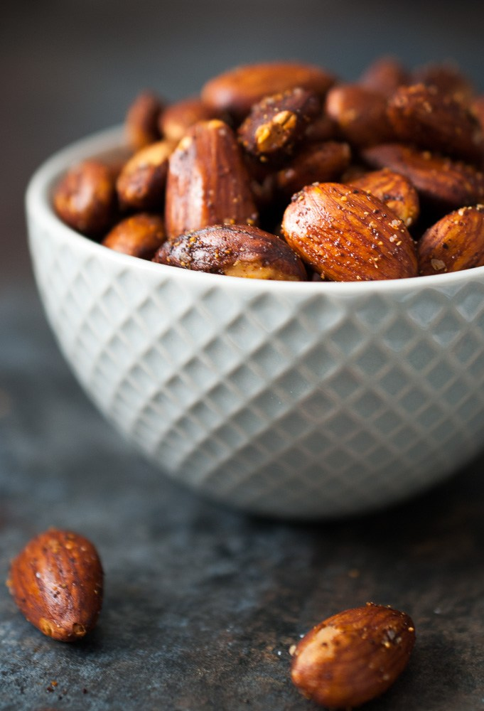 spice-roasted-almonds-3
