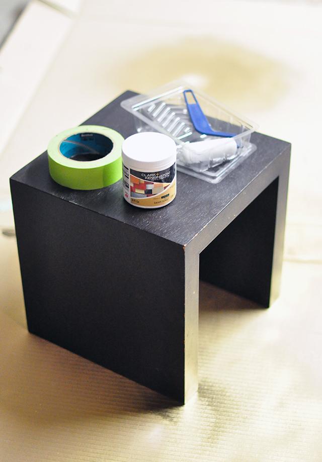 Striped nesting table DIY-1