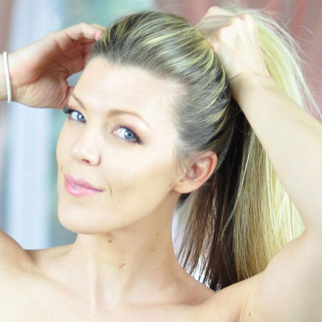 Tinker-Bell-Makeup-Hair-Tutorial-11